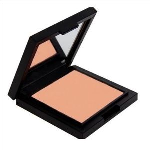 Cargo HD Picture Perfect bronze highlighter New